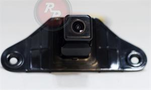 Штатная камера заднего вида Redpower CAM22 для автомобилей Toyota Prado 150